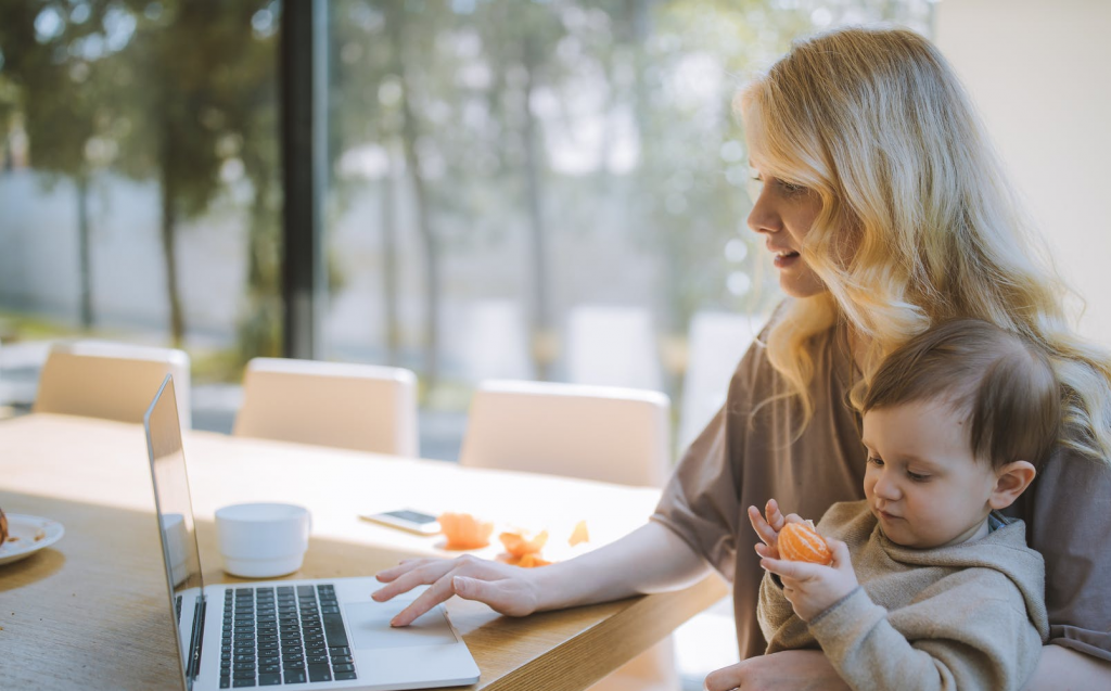 8 Workplace Skills that Working Moms have Mastered.